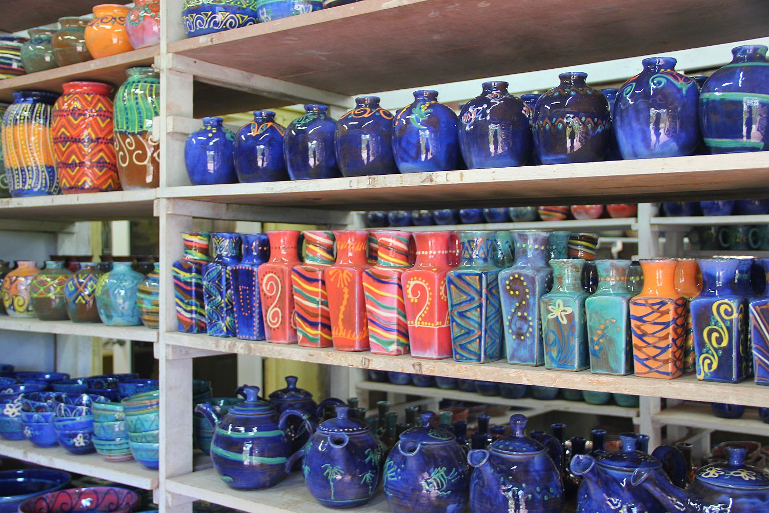 Barbados Culture: Earthworks Pottery