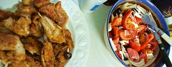Fresh pot fish with tomato salad