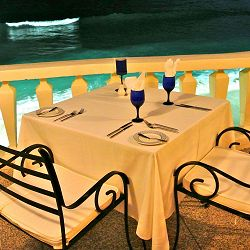 Romantic dining in Barbados