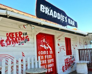 Barbados rum shop - Braddie's Bar