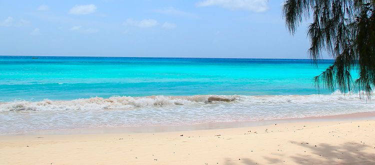 Turquoise waters await your arrival