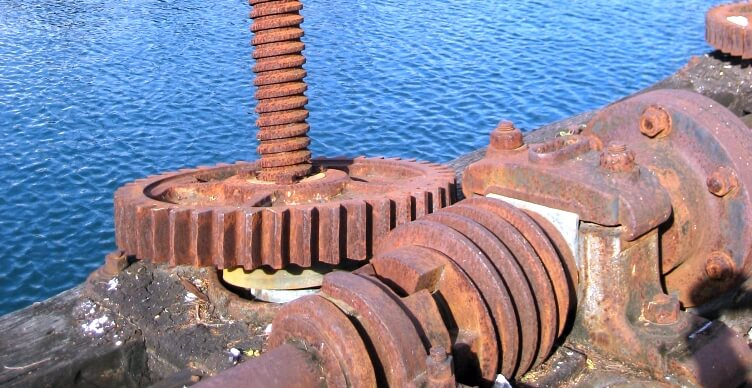 Barbados Screw Dock Mechanism